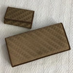 Vintage Auth RARE Gucci Wallet and Key Wallet Set